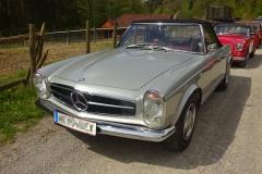 Mercedes-Benz-SL-230-Bj.-1966-150-PS-2300-cm³-6-Zylinder