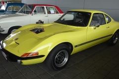 Opel-GT-Bj.-1973-90-PS-1900-cm³-4-Zylinder